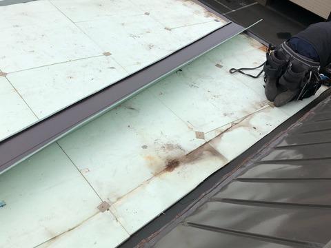 3北海道苫小牧市 雨漏り 119 住宅塗装工事防水工事 苫小牧市住宅塗装業者 外壁屋根塗装工事 サビ コーキング 外構工事 お風呂塗装